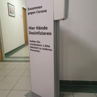 Desinfektionsstand Bedruckter Display