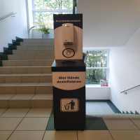 Desinfektion-Station mit Abfalleimer
